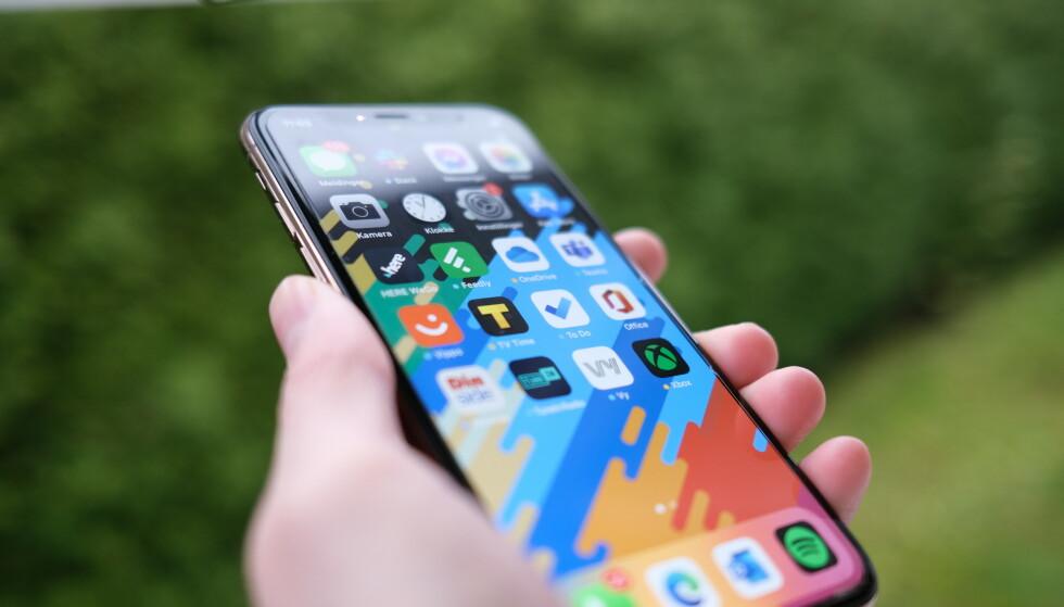 NYE FUNKSJONER: Apple er straks klare med en storoppdatering til iPhone og iPad. Foto: Martin Kynningsrud Størbu