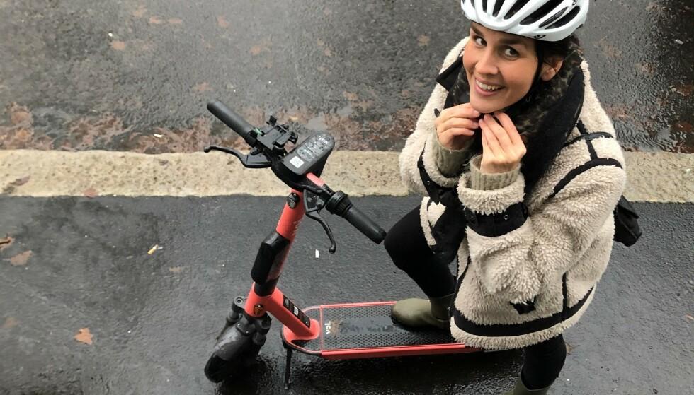 Statens vegvesen har anbefalt en rekke nye regler for bruk av elsparkesykler, sier seniorrådgiver Anette Hauge i Statens vegvesen Vegdirektoratet. Foto: Henriette Erken Busterud