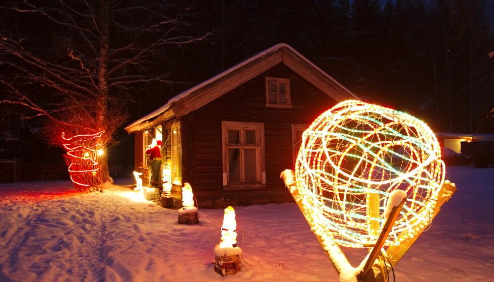 BRANNFARE: Brannvesenet advarer mot julebelysning. Foto: Cornelius Poppe / NTB