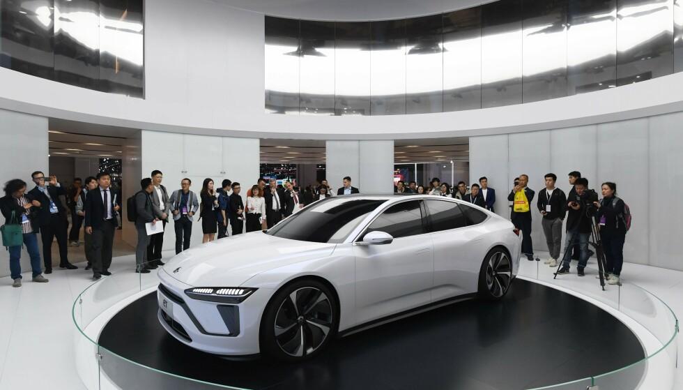 Nio ET Preview ble vist fram på motormessa i Shanghai i april 2019. Nå skal den lanseres som elbilen Nio ET7, med den heftigste batteripakka i noen produksjonsbil til dags dato. Foto: AFP/NTB
