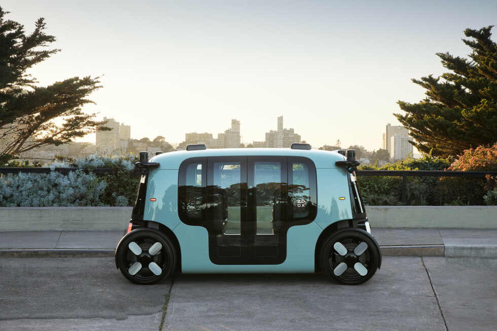 Zoox L5 Fully Autonomous, All-electric Robotaxi at Coit Tower San Francsico