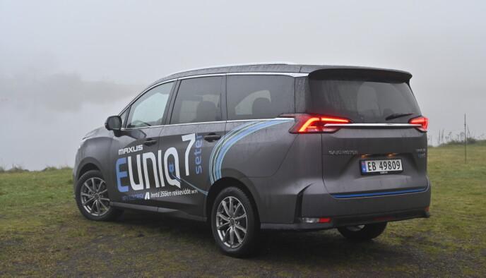 KLOSS: Fasongen gjør at den egner seg som varebil og du får den snart på grønne skilter. Foto: Rune M. Nesheim