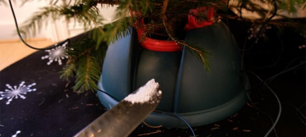 - Gi hodepinetabletter til juletreet