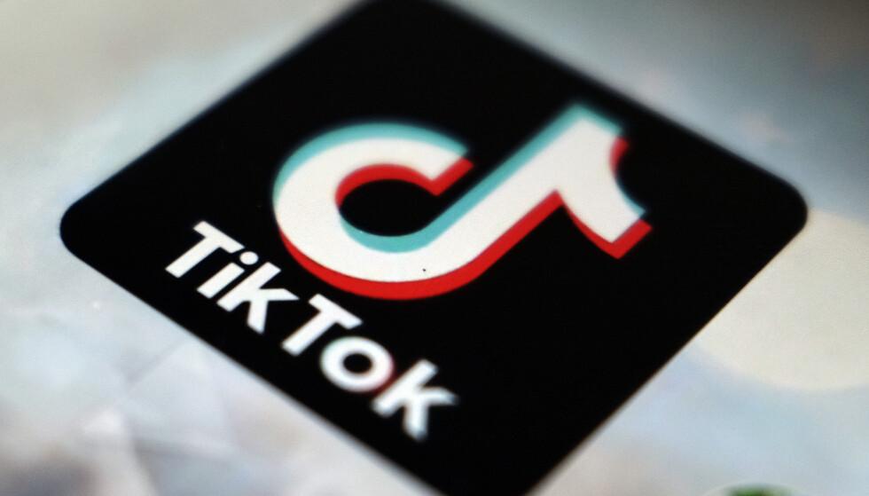 ENDRER PRAKSIS: Nå endrer TikTok innstillingene for alle under 16 år. Foto: Kiichiro Sato/AP Photo/NTB