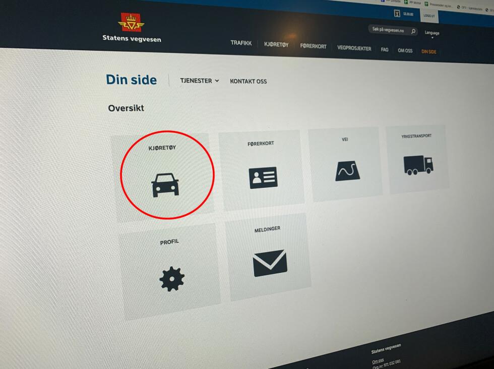 Logg først inn på «din side» på Vegvesenets hjemmesider. Velg «kjøretøy». Foto: Øystein B. Fossum