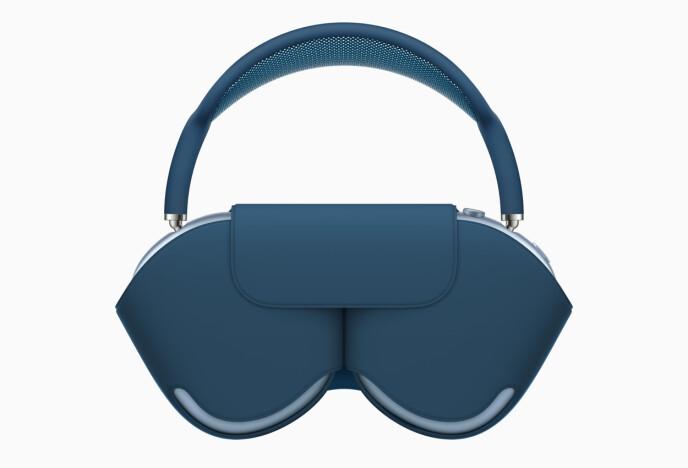 OMDISKUTERT: Smart Case-etuiet til AirPods Max har fått gjennomgå i sosiale medier på grunn av utseende. Men de har også en funksjon. Når du putter hodetelefonene oppi, skal de gå i en strømsparemodus. Foto: Apple