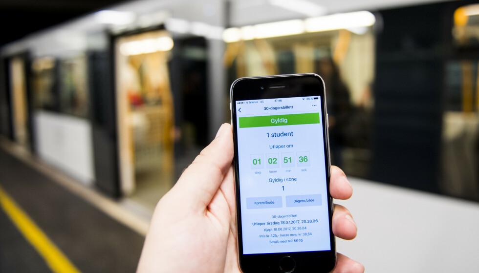 ØKER: Ruter øker billettprisene med 2,7 prosent. Foto: Jon Olav Nesvold / NTB