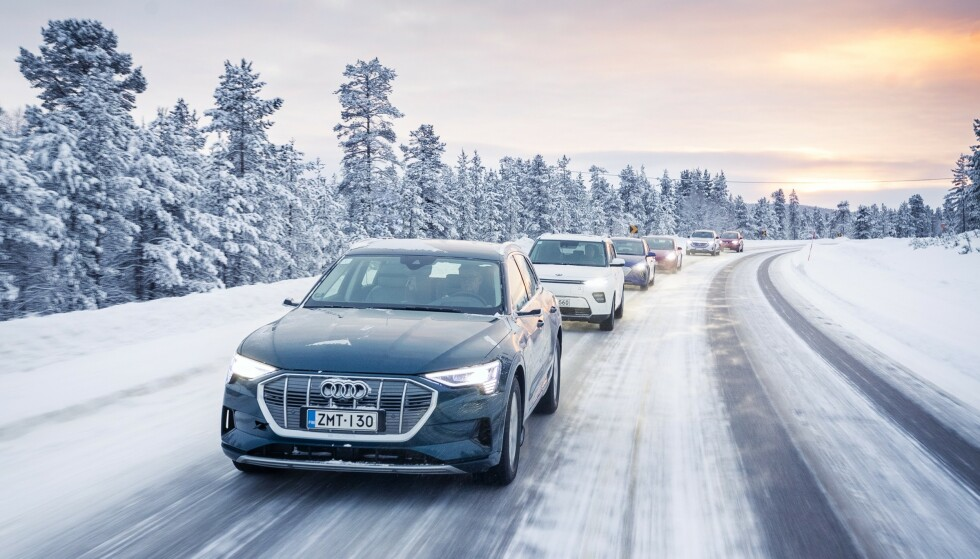 REKKEVIDDEN HALVERT: For flere av elbilene ble rekkevidden halvert under kjøring i 10 minus, sammenliknet med det fabrikken oppgir at bilen skal klare. Foto: Markus Pentikainen