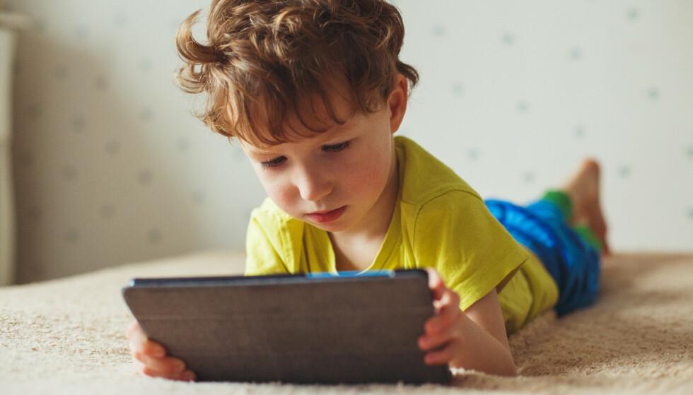 POPULÆRT: Barn i dag er drevne skjermbrukere fra tidlig alder. Foto: Shutterstock/NTB