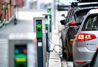 Moms på elbiler vil halvere salget