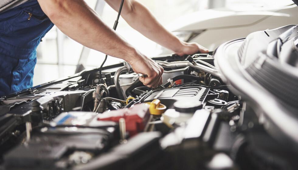 FRITT VERKSTEDVALG: Du må ikke ta service på merkeverkstedet i garantiperioden, selv om mange tror det. Foto: Shutterstock