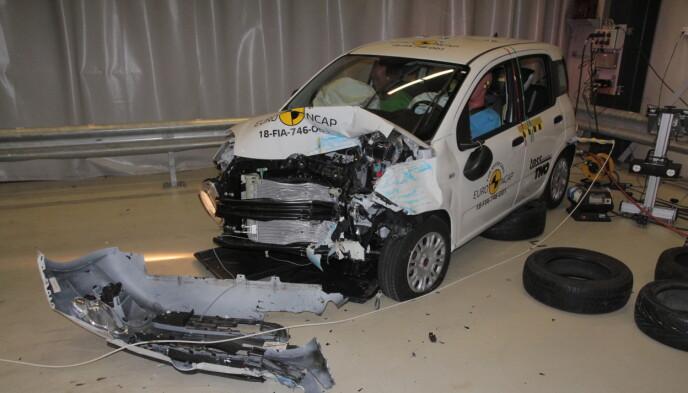 NULL STJERNER: Fiat Panda fikk null stjerner i kollisjonstesten i 2018. Bilen selges ikke lenger i Norge. Foto: EuroNcap