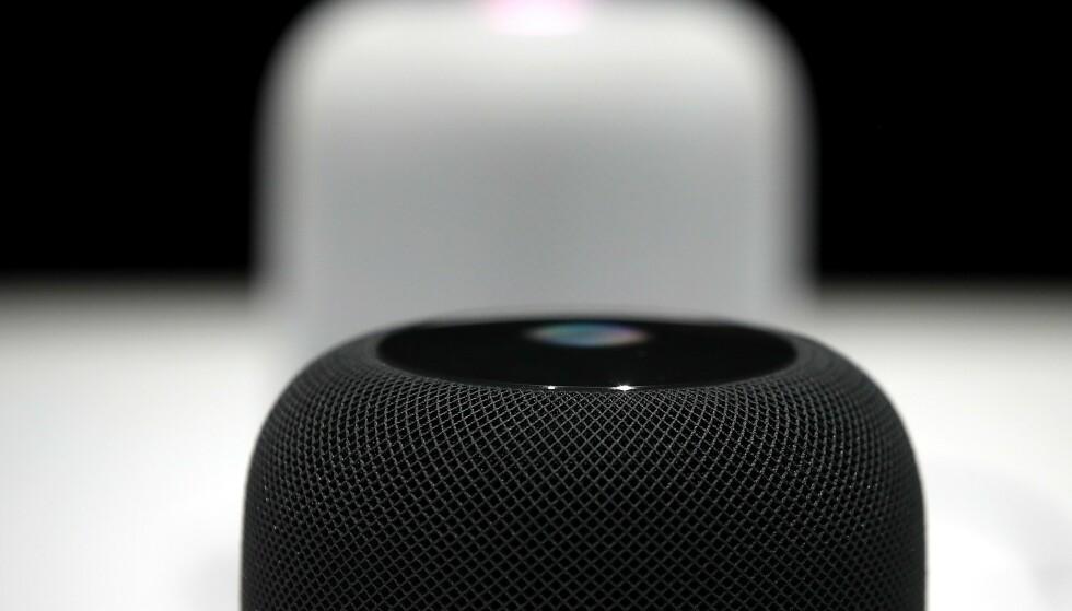 STOPPES: Apple har nå valgt å stoppe produksjonen av sin størst HomePod-høyttaler. Den ble aldri offisielt lansert i Norge. Justin Sullivan/Getty Images/AFP/NTB