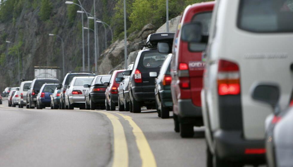 PÅSKEUTFART: Påsken er som regel forbundet med mye trafikk på veiene. Foto: NTB