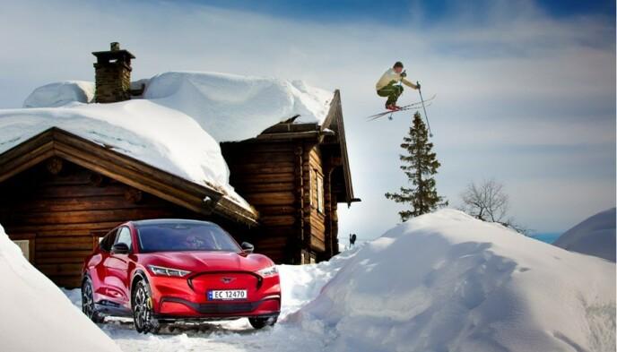 VIL HA SUV-ER: Norske bilkjøpere vil ha SUV-er, gjerne med elmotor. Elektriske Mustang Mach-E og andre SUV-er skal nå sørge for at nordmenn fortsatt kjøper Ford. Foto: Ford