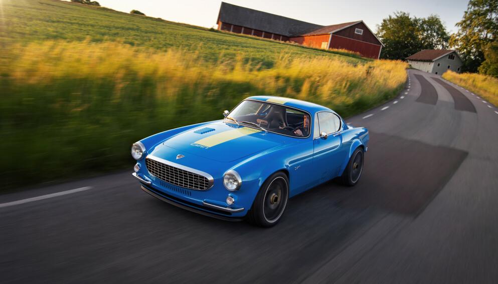 STOPPER TIDEN: Med den nye sportsbilen Volvo P1800 Cyan, har racing-firmaet Cyan vært svært trofaste mot den originale Volvo-en som detektiv-helten Helgenen kjørte på 1960-tallet. Foto Cyan