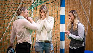 MYE FØLELSER: Tårene rant hos Isabel Blanco og Gro Hammerseng da programleder Silje Sandmæl kom med nyheter. Foto: Stig B. Fiksdal