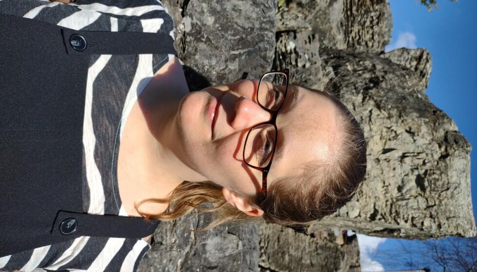 FIKK SKATTESMELL: Frida Sofie Jansen ble først permittert da utelivsbransjen led under corona-nedstengningen, og nå får hun skattesmell etter at Nav rapporterte dagpenge-forskuddet hennes feil. Foto: privat