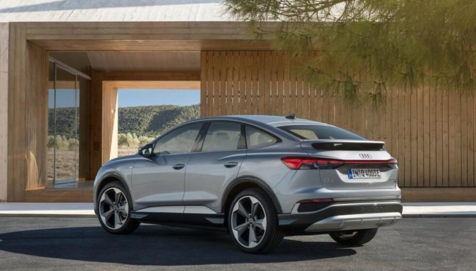 TIL HØSTEN: Til høsten kommer Q4 e-tron som en sportslig kupé-utgave Sportback, som blir rundt 20 000 dyrere enn den vanlige familie-versjonen. Foto: Audi