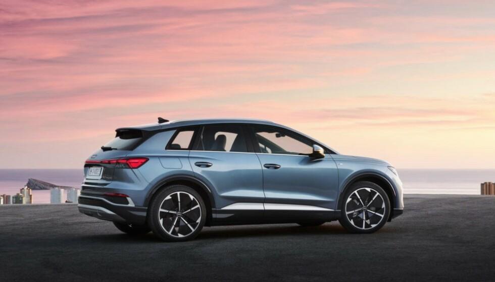 AUDIS NYE FOLKE-ELBIL: Med gunstige priser, bra plass og god rekkevidde, vil Audi Q4 e-Tron bli en tøff konkurrent til elektriske Volvo XC40 og Tesla Model Y. Foto: Audi