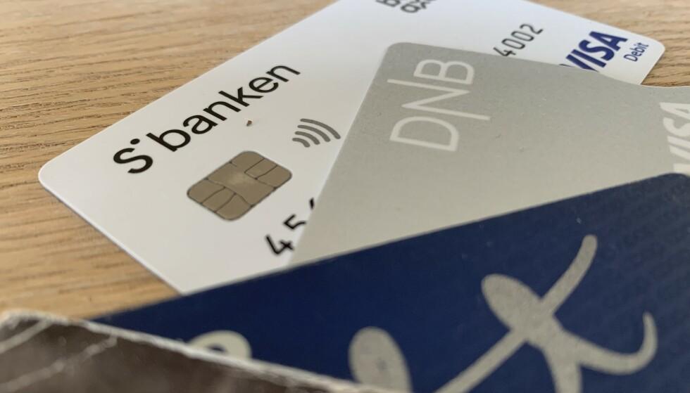 PÅ «SHOPPING»: DNB har lagt inn et bud for å kjøpe Sbanken til 11,1 milliarder kroner. Hva vil skje med Sbanken-kundene hvis dette blir en realitet? Noen svar får du i saken under. Foto: Berit B. Njarga