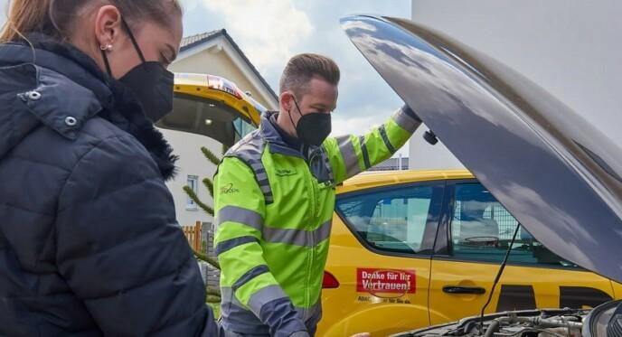 3,4 MILLIONER NØDSTOPP: De «gule englene» til tyske ADAC hjalp 3,4 millioner biler med nødstopp lang veien i fjor. Deres nye rapport viser hvilke biler som stopper mest. Foto: ADAC