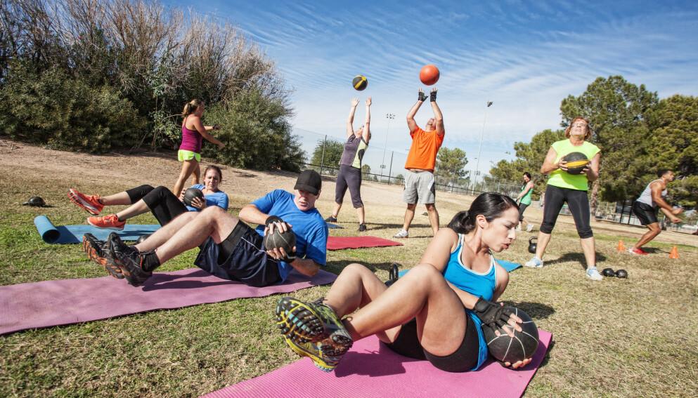 IKKE TILLATT: Helsedirektoratet gir nå grønt lys for utendørs gruppetrening i regi av treningssentre i kommuner i tiltaksnivå 5B. Foto: NTB/Shutterstock