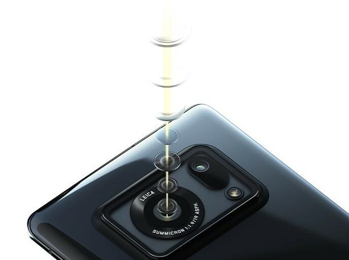 Sharp har laget mobilkameraet, med sju linser, i samarbeid med Leica. Foto: Sharp