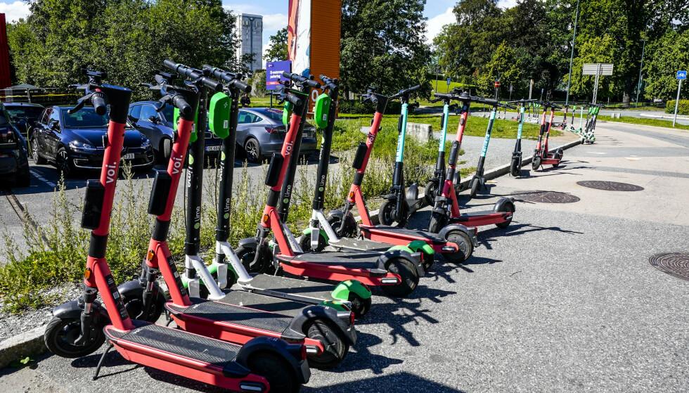 KREVER BETALING: Oslo kommune har nå gått inn for å kreve betaling fra elsparkesykkel-tilbyderne. Foto: Lise Åserud / NTB