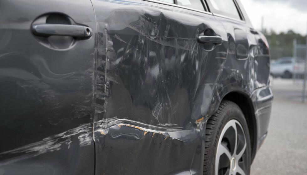 MÅ BLI LIKE BRA: Det er et krav at bilen skal settes tilbake i samme stand som før skaden – enten det er benyttet brukte eller nye deler.
