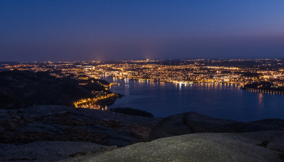 Over byen: Sandnes fra Dalsnuten. Foto: Odd Inge Worsøe
