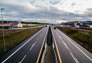Tillater 120 kilometers fartsgrense