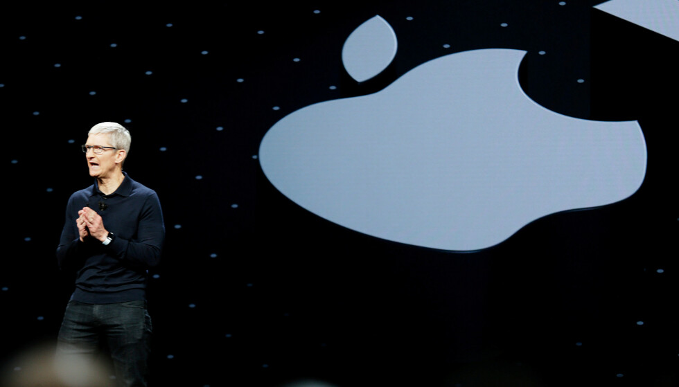 APPLE WWDC: I kveld skal Apples toppsjef Tim Cook introdusere iOS 15 og en rekke andre nyheter. Bildet er fra et tidligere WWDC. Foto; NTB/REUTERS/Elijah Nouvelage/