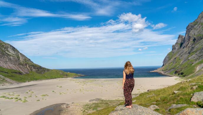 Bunesstranda: Fra Vindstad er det omtrent en times gange til Bunesstranda. Foto: Sølve Opsal Marøy