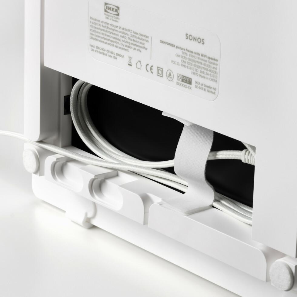 Kabelhåndtering på baksiden. Foto: Ikea