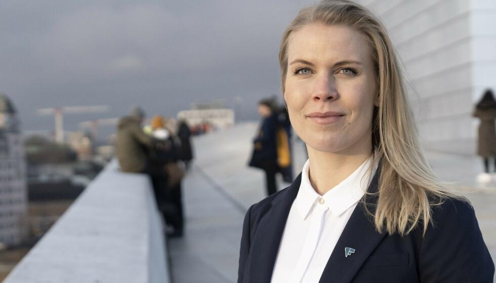 Caroline Skarderud i Forbrukerrådet sier de mener det skal være like enkelt å avbestille som å bestille. Foto: Forbrukerrådet