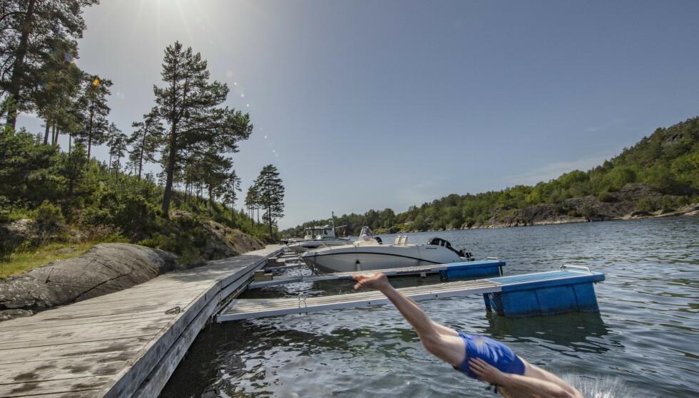 SOL: Hvem er vær-vinneren, som stikker av med mest sol denne uken? Her fra Kragerø. Foto: Geir Olsen / NTB