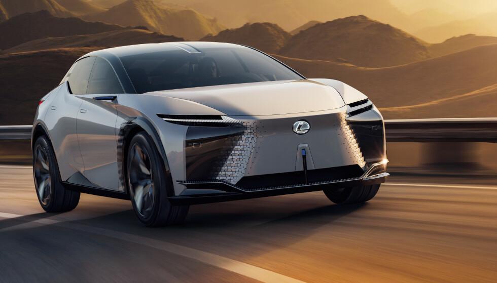 ALLEREDE NESTE ÅR?: Amerikanske medier skal ha fått bekreftet at den elektriske konseptbilen Lexus LF-Z vil komme som produksjons-modell allerede mot slutten av neste år. Teknologien i bilen er like spennende som utseendet. Foto: Lexus