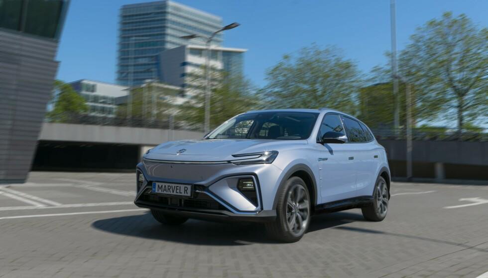NY SUKSESS? MG første elektriske SUV ZS EV er blitt en stor suksess i Norge, takket være svært god pris. Marvel R er et hakk større og får betydelig tøffere konkurranse. Foto MG