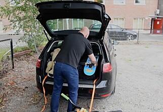 Unngå løse gjenstander i bilen!