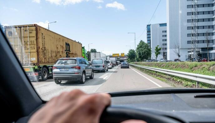 UKJENT VEI? For mange kan kjøring i storbyer være utfordrende, og det krever full oppmerksomhet.