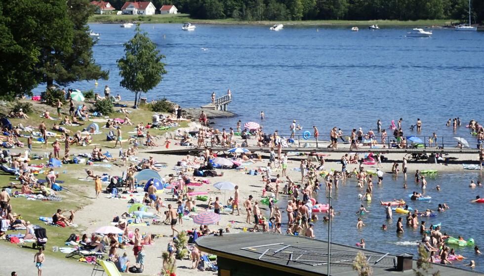 BADING: Pass på disse tingene når du skal bade i sommer. Her fra Hvalstrand .Foto: Erik Johansen / NTB