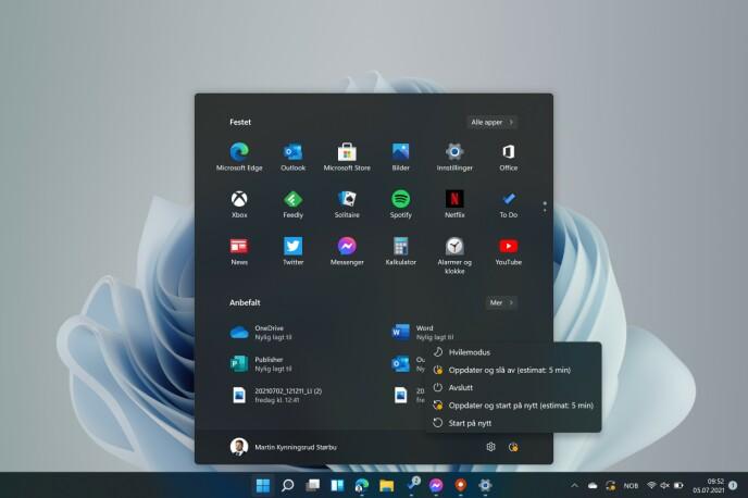 WINDOWS 11: Den nye startmenyen. Legg merke til estimert tid for oppdateringen.