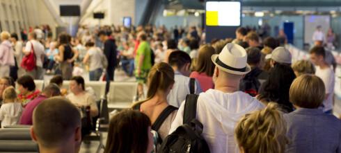 Mange mister flyet på grunn av kø på flyplassen