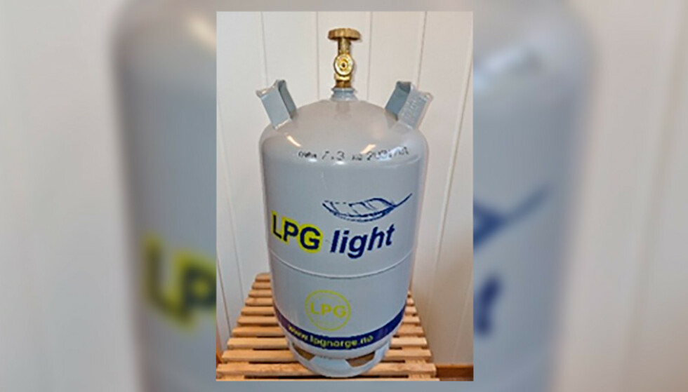 KAN LEKKE: Har du en slik flaske hjemme, bes du nå om å bytte den inn. Foto: LPG Norge