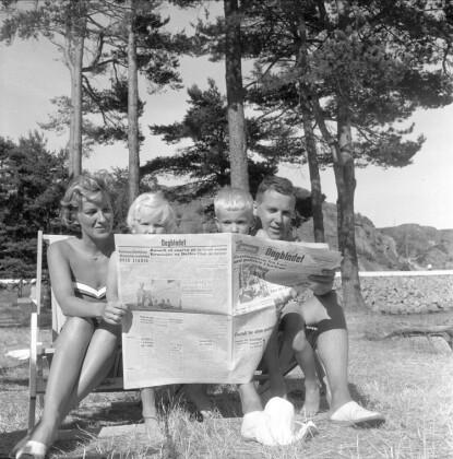 Svunnen tid: Sølvi Wang og Egil Monn-Iversen var sammen med barna faste gjester på Strand Hotell Fevik 50-tallet. Foto: Dagbladet/Digitalarkivet