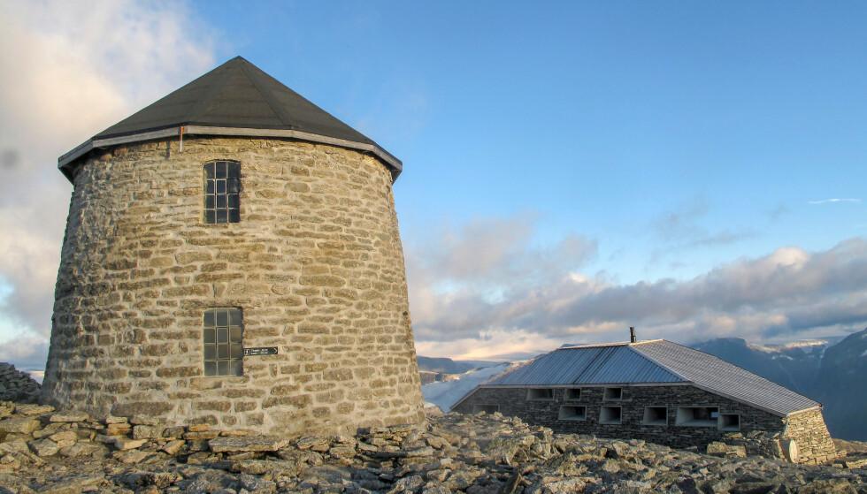 Topptur: Turen til Skålatårnet og Skålabu. Foto: Sindre Heggebø/DNT
