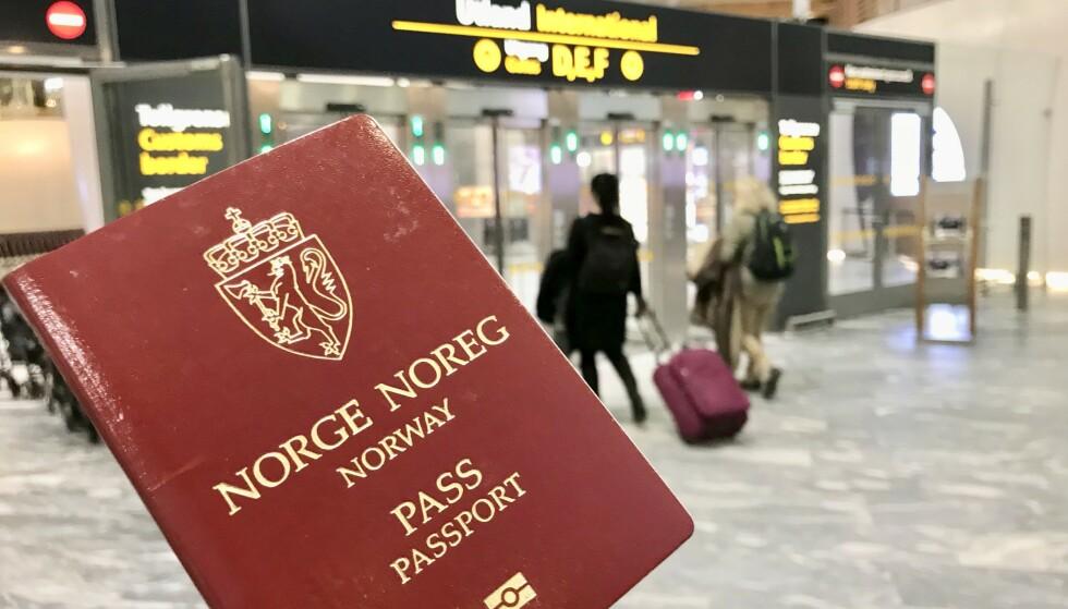 REISEKLAR: Har du pass og papirer klare for reisen? Husk at du må ta med pass til alle land utenfor Norden i sommer. Foto: Odd Roar Lange/The Travel Inspector