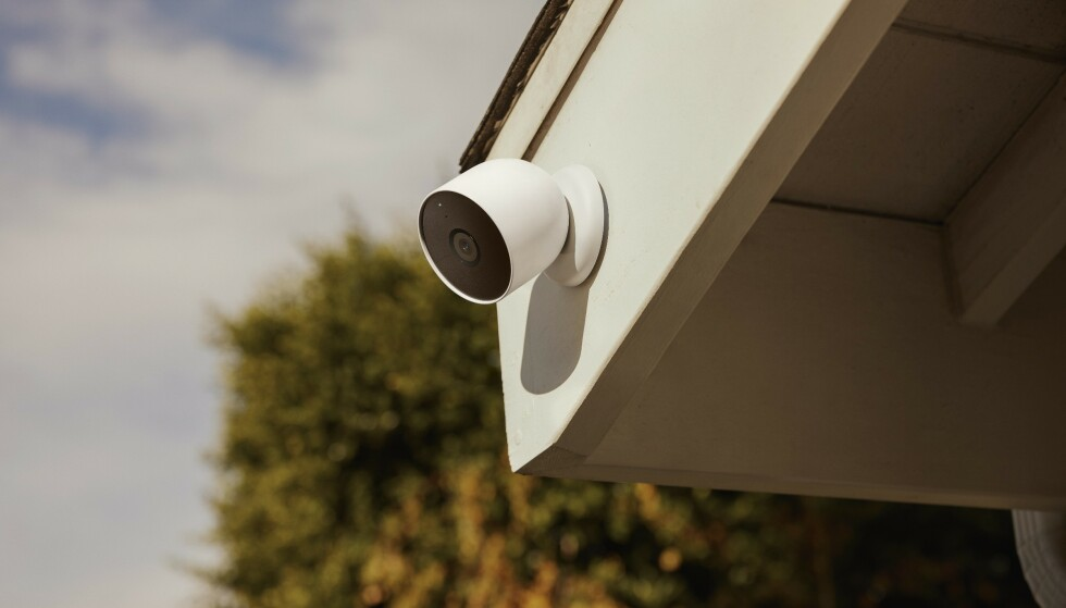 TRÅDLØST: Google Nest Cam kan brukes både inne og ute og kan brukes helt trådløst. Foto: Google