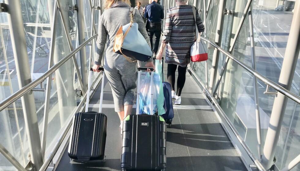 Husk reglene: Sjekk reglene for hva du kan ta med deg inn i flyet. Ellers kan det bli en kostbar overraskelse. Foto: Odd Roar Lange/The Travel Inspector